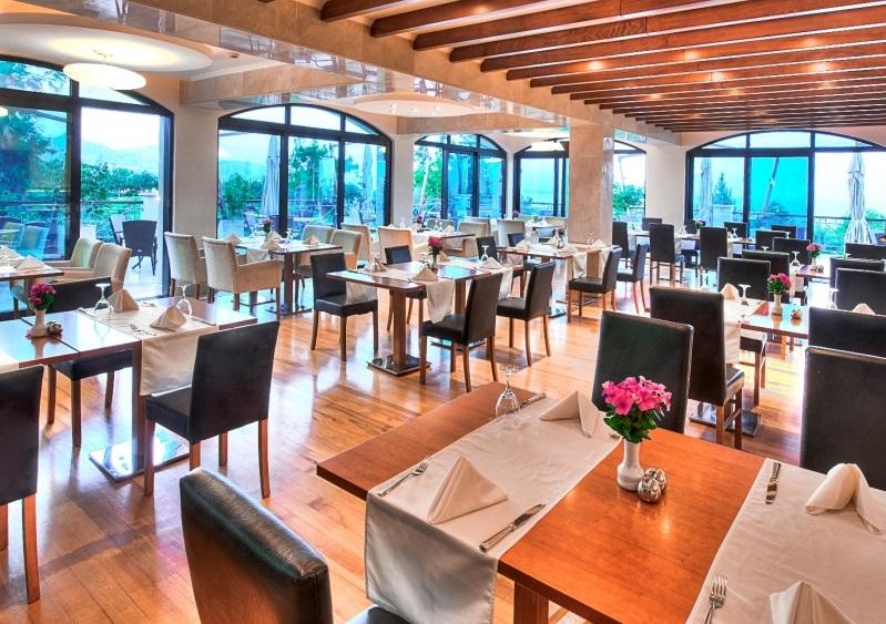 Cyprus-Golf-Holiday-Restaurant1
